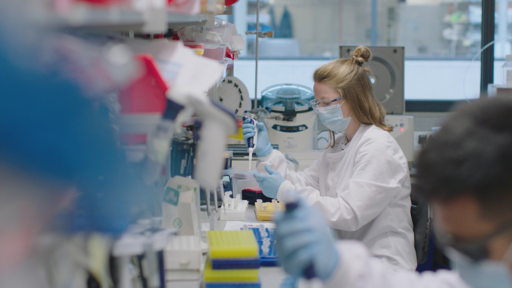 Vaccine researcher Sarah Silk, in the laboratory at the University of Oxford's Jenner Institute, UK. Courtesy of CNN