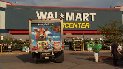 Change: It's What's for Dinner: 'Food, Inc.' Takes on Agribusiness ...