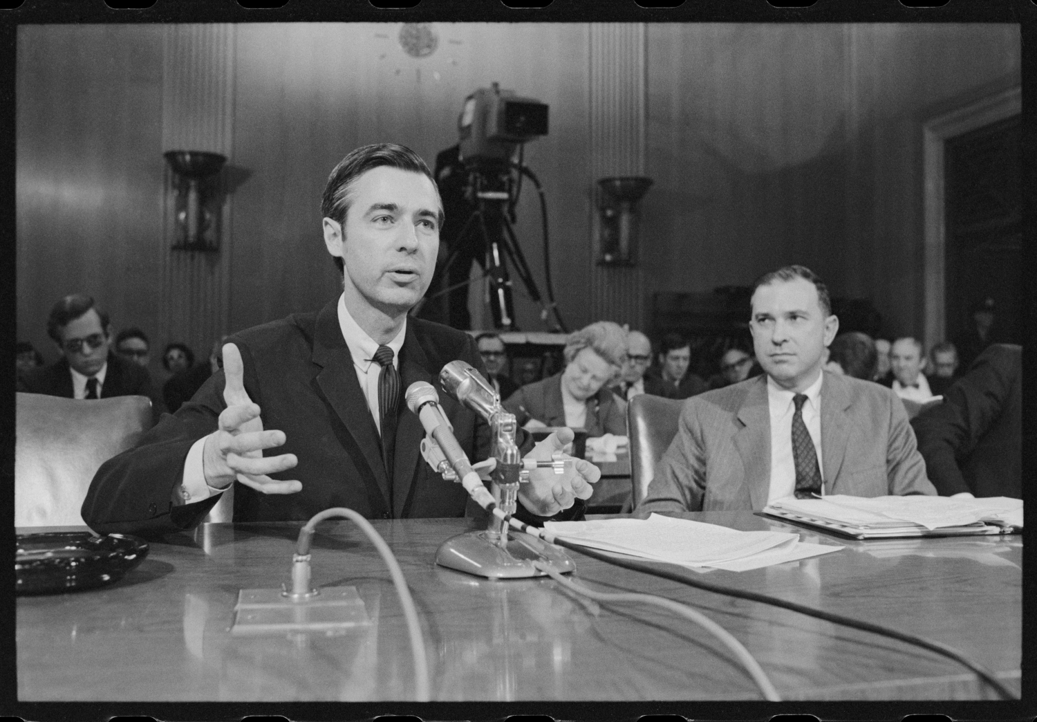 Fred Rogers testifying before the US Senate in Morgan Neville's 'Won't You Be My Neighbor?', a Focus Features release.  Photo: Robert Lerner / Library of Congress
