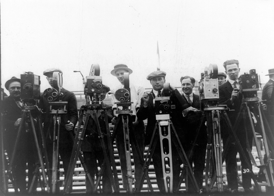 Newsreel cameramen from the early 20th century. Photo: US Library of Congress. Courtesy of Bloomsbury Publishing.