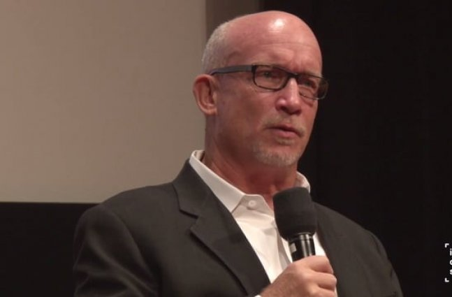 IDA Conversation Series: Alex Gibney